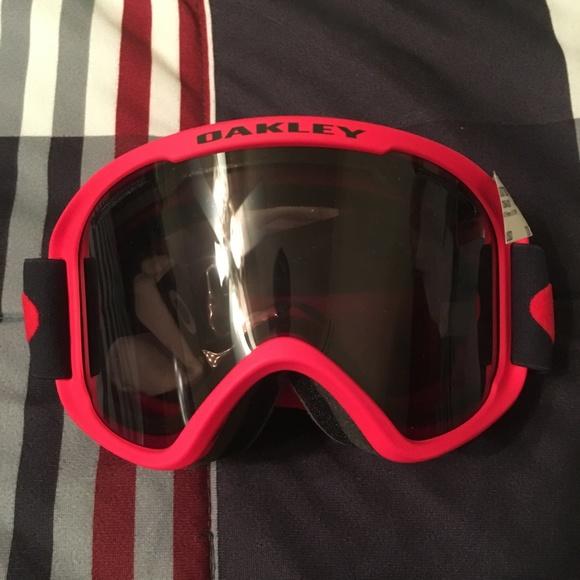 9b57b0a2f5b3 Oakley O Frame 2.0 XM Snow Goggles